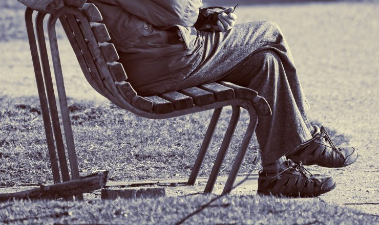 3 Reasons Crossing Your Legs is Bad For You